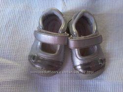 Продам кросовки- ортопедични Stride rite
