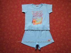 Хлопковый набор футболка и шорты на 4-5 лет, бу. Есть пятна. Шорты длина 2