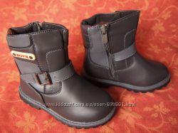 Размеры 27-29 3-6 лет.  Новые детские теплые ботинки-сапожки.