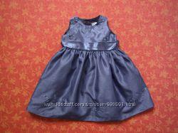 Нарядное платье на 6-9 месяцев Next, бу. Отличное состояние
