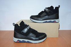 Зимние ботинки на липучке