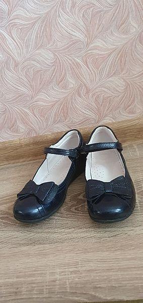 Туфли/ туфельки / туфлі на девочку в школу Ortopedia