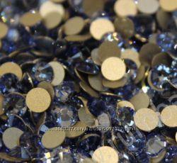 Стразы хрустальные Light Sapphire сапфир светлый