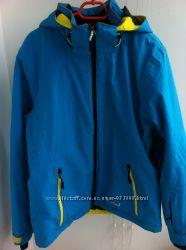 Продам женскую, лыжную куртку фирмы Stuf