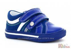 Кроссовки ярко - синего цвета для мальчика Bartek