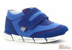 Кроссовки  ярко синего цвета для мальчика Bartek