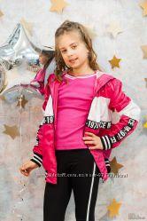 Куртка - ветровка розовая для девочки Marions