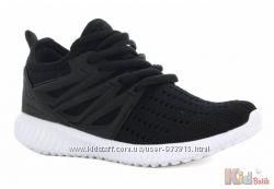 Кроссовки чёрные лёгкие с белой подошвой Bartek
