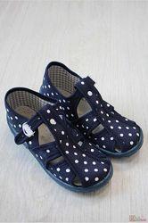 Тапочки синие в горошек для девочки Nazo