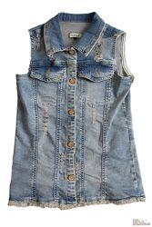 Жилетка джинсовая с апликацией на спине Pamina