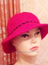 Стильные  теплые шляпкибелая и красная