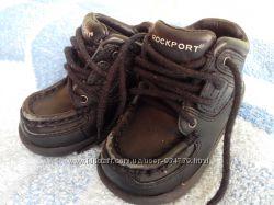 Ботиночки Rocksport р. 18, 5 и кросовки Nike Air р. 21, 5