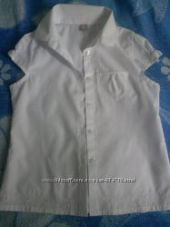 Классная школьная  блузка TU на  рост134