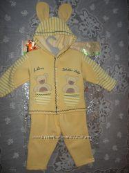 Детский костюмчик 80 р.