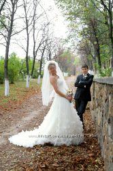 Брендовое свадебное платье от модного дома DEMETRIOS
