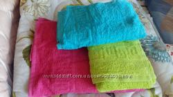 Продаем махровые полотенца крупным оптом.
