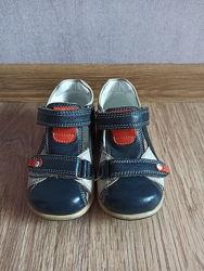 Кожаные сандали Small Foot от Ortopedik