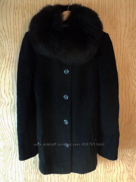 Пальто шерстяное полупальто черное воротником натурального меха меховым мех