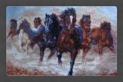 Продам вышитую картину Лошади