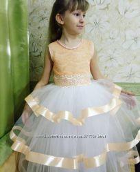 Платье нарядное Персик на выпускной
