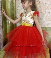 Нарядное платье 6-8 лет на выпускной