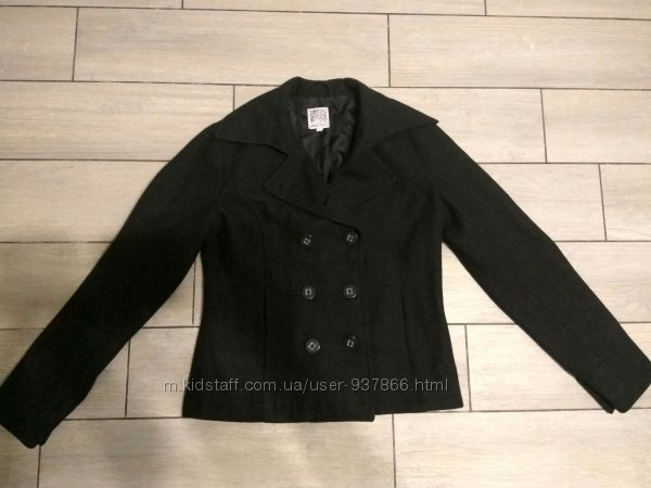 Стильне фірмове пальто