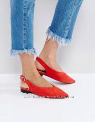 Красные балетки asos с заостренным носком и пряжками, красные сандалии