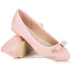Розовые женские балетки с аккуратным бантиком от Vices 131263