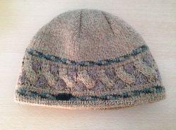 Зимнияя шапка в отличном состоянии