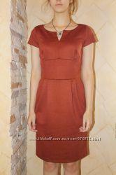 Красивое по опт цене женственное платье Rebecca Tatti на 46 укр р.