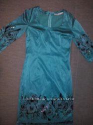стильное и яркое платье для модницы