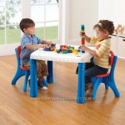 Комплект мебели Стол и два стульчика   Step2. Синий с красным.