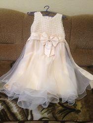 Нарядное, выпускное платье рост 146-152