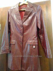 Кожаная куртка на худенькую женщину или подростка