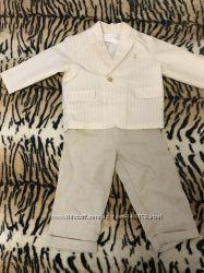 Нарядный костюм на мальчика 86 р