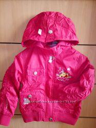 Демисезонная курточка Disney рост110 с красивой вышивкой