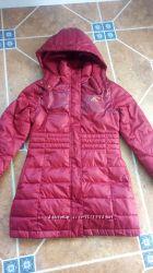 Пуховое пальто на девочку фирмы ADIDAS, р-р 140