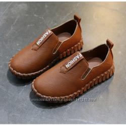 Туфли, мокасины коричневые и черные для мальчика р. 26-37