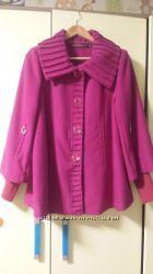 яркое пальто на осень,  48 размер