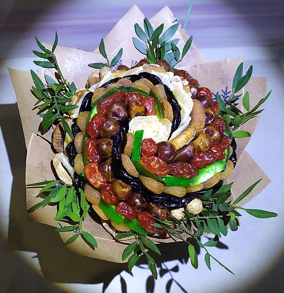 Замечательный подарок букет из сухофруктов полезный и вкусный