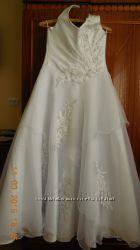 Весільне плаття 46-48р. рукавички в подарунок Нові.