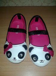 Красивые туфельки Crazy8 с пандочкой