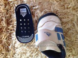 Новые ADIDAS кроссовочки