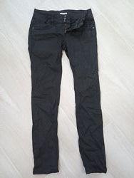 Черные практичные штаны джинсы Orsay Размер 38