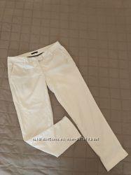 Брюки Sisley белые, Чиносы. В идеальном, новом состоянии. Одеты 2 раза.