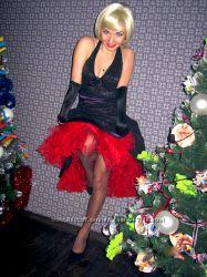 Вечернее коктейльное платье атлас и гипюр