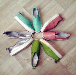 Выкуп обуви у лучших поставщиков и шоурум