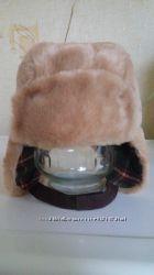 очень классная меховая шапочка для мальчика