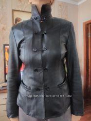 Продам женский кожаный пиджаккуртка