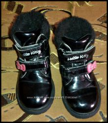 Осенние ботинки на девочку.